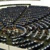 Le parlement européen adopte un revenu universel de 1200€ par mois pour tous les migrants.