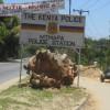 Un poste de police attaqué par trois femmes.