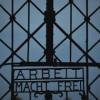 Volé au camp nazi de Dachau, le portail «Arbeit macht frei» retrouvé en Norvège.