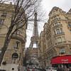 La Tour Eiffel sera bientôt entourée d'un mur de verre blindé.